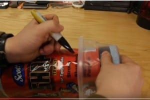 TRUCCHI GENIALI: Come creare delle mini salviette imbevute per pulire di tutto con poco spreco