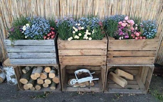 20 idee creative per decorare il giardino con le cassette for Cassette di legno ikea