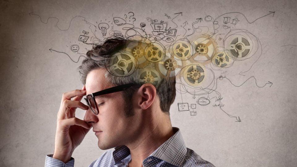 Le persone intelligenti hanno più bisogno di stare da sole: lo rivela uno studio