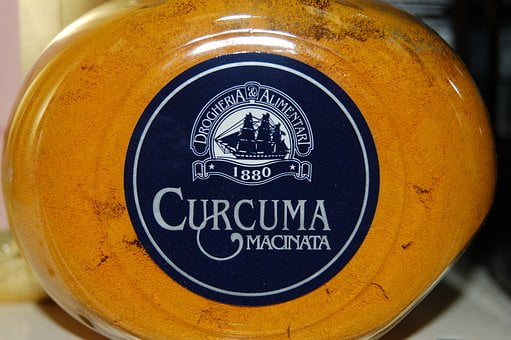 Ricetta: caramelle alla curcuma per lenire dolori..