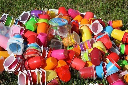 Ecco il macchinario per riciclare la plastica in casa e for Creare oggetti per la casa