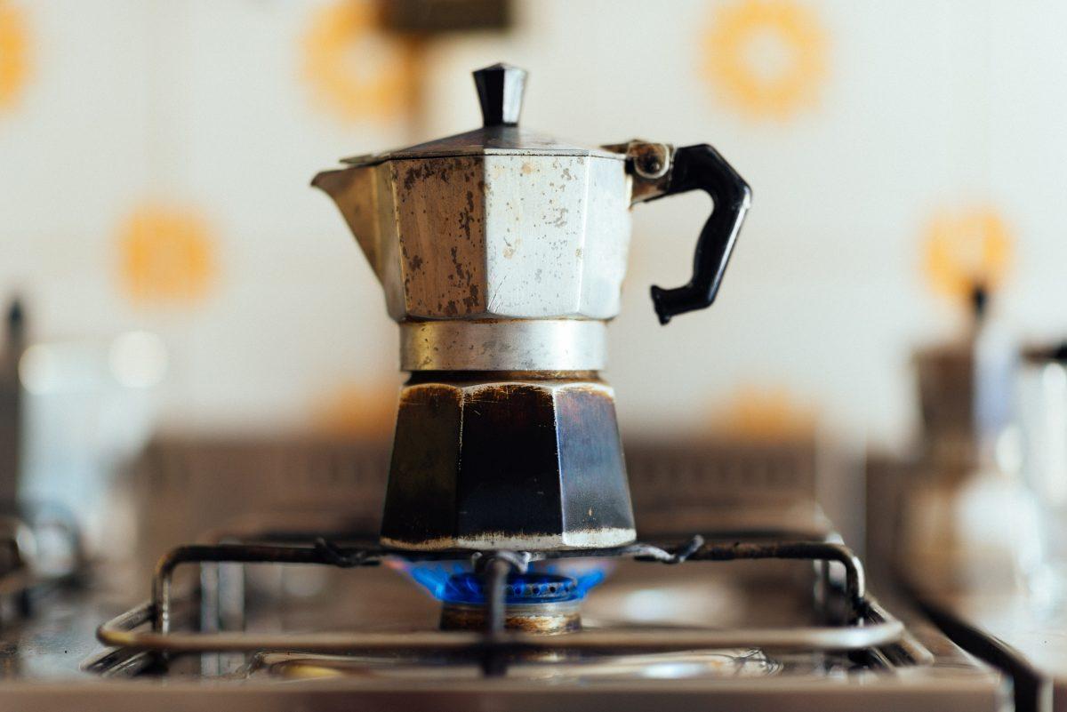 come riciclare vecchie caffettiere idee AdobeStock 133234946