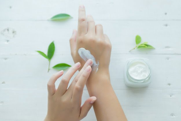 maschere mani e unghie