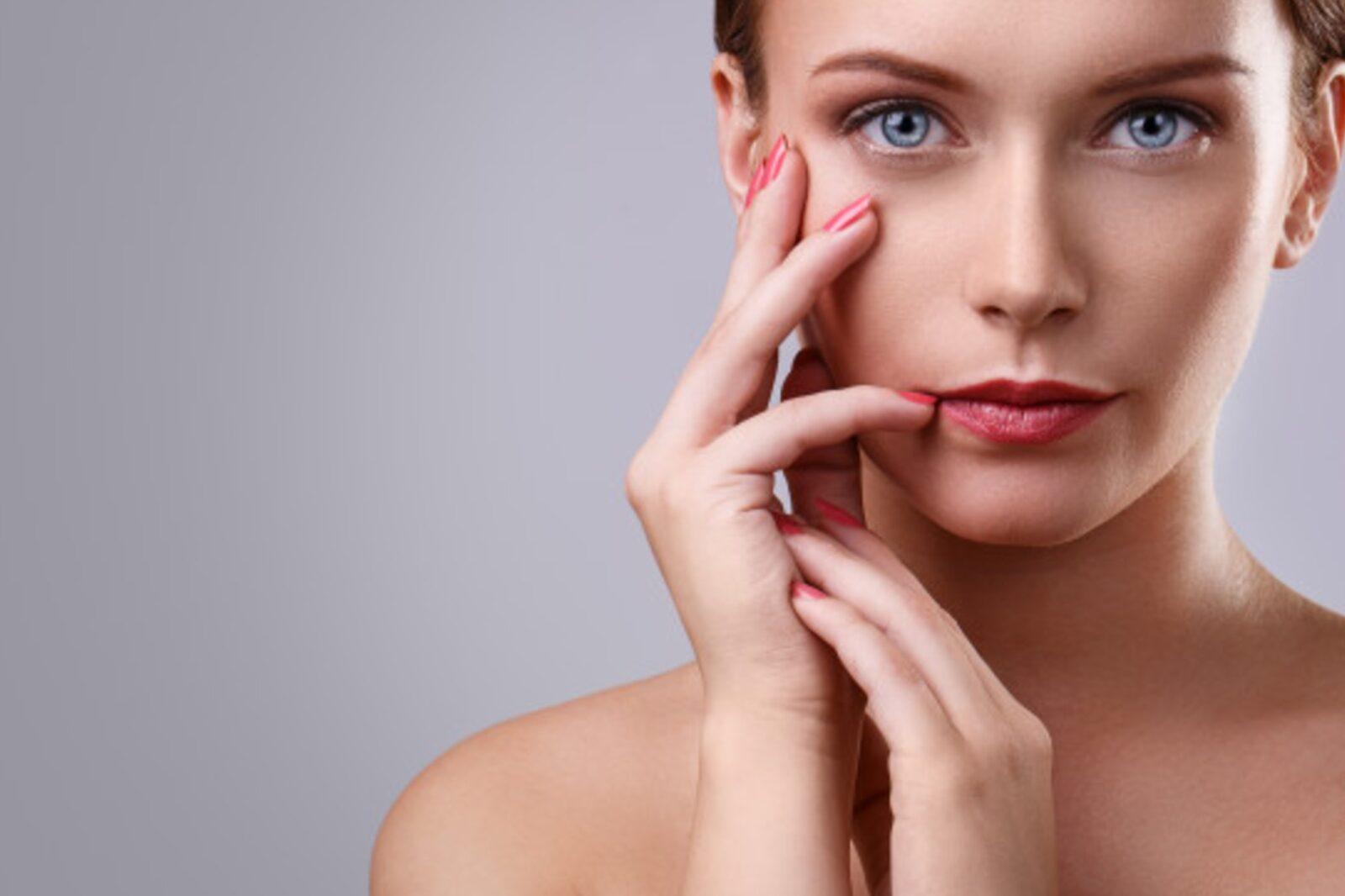 Make up nude: come realizzare un trucco invisibile
