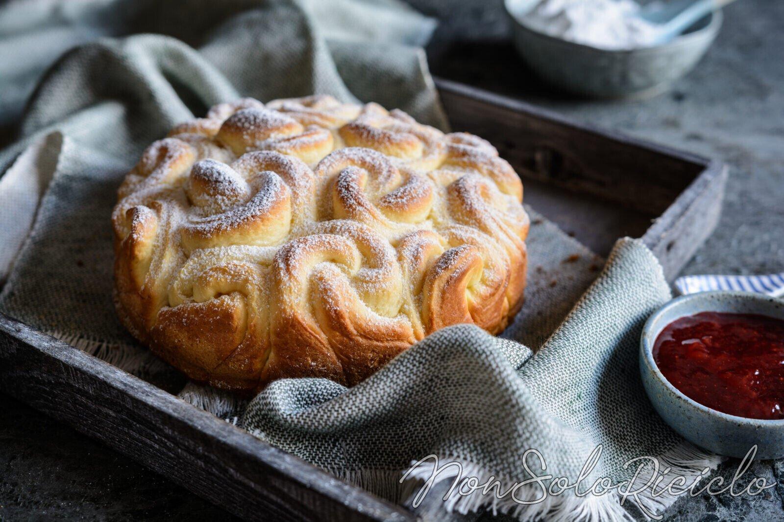 Torta brioche: morbida soffice e con poche calorie per una colazione sana e leggera!