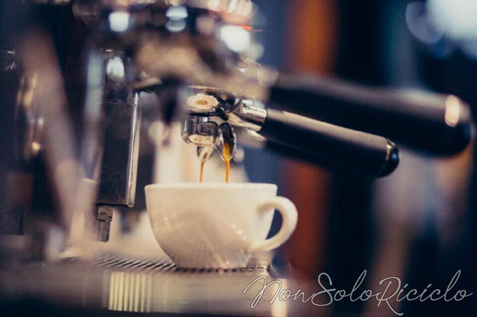 Scopri che cos'è la caffeina e se ti fa bene o male
