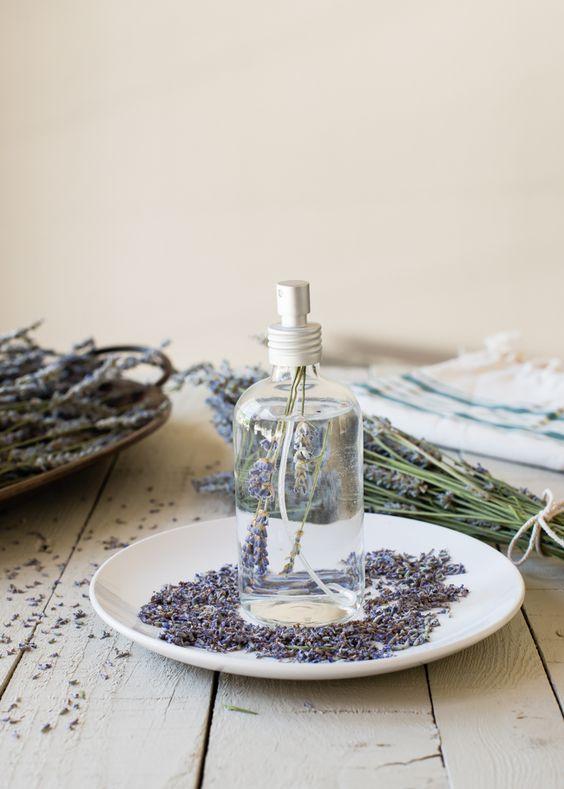 Profumo per ambiente fai da te per la casa: tante fragranze irresistibili!