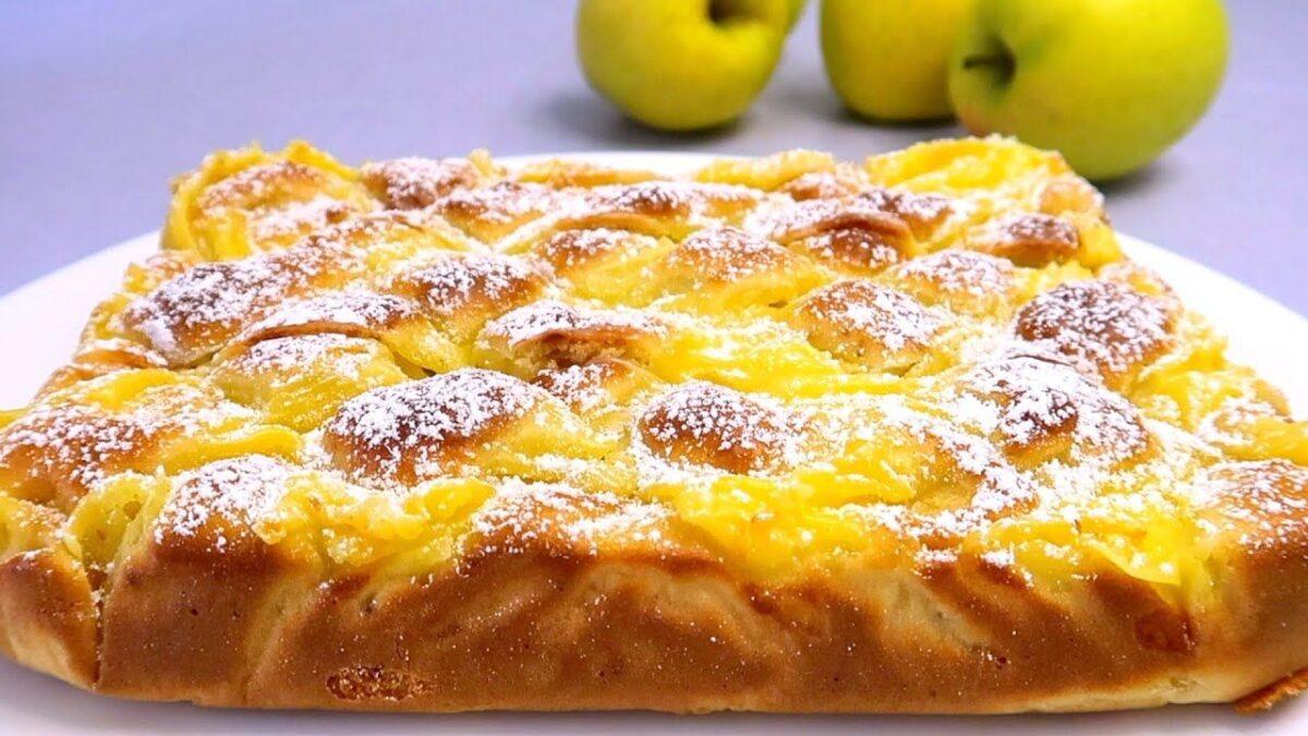 Torta mele che stupirà tutti: il dolce pronto in pochi minuti, sofficissimo!