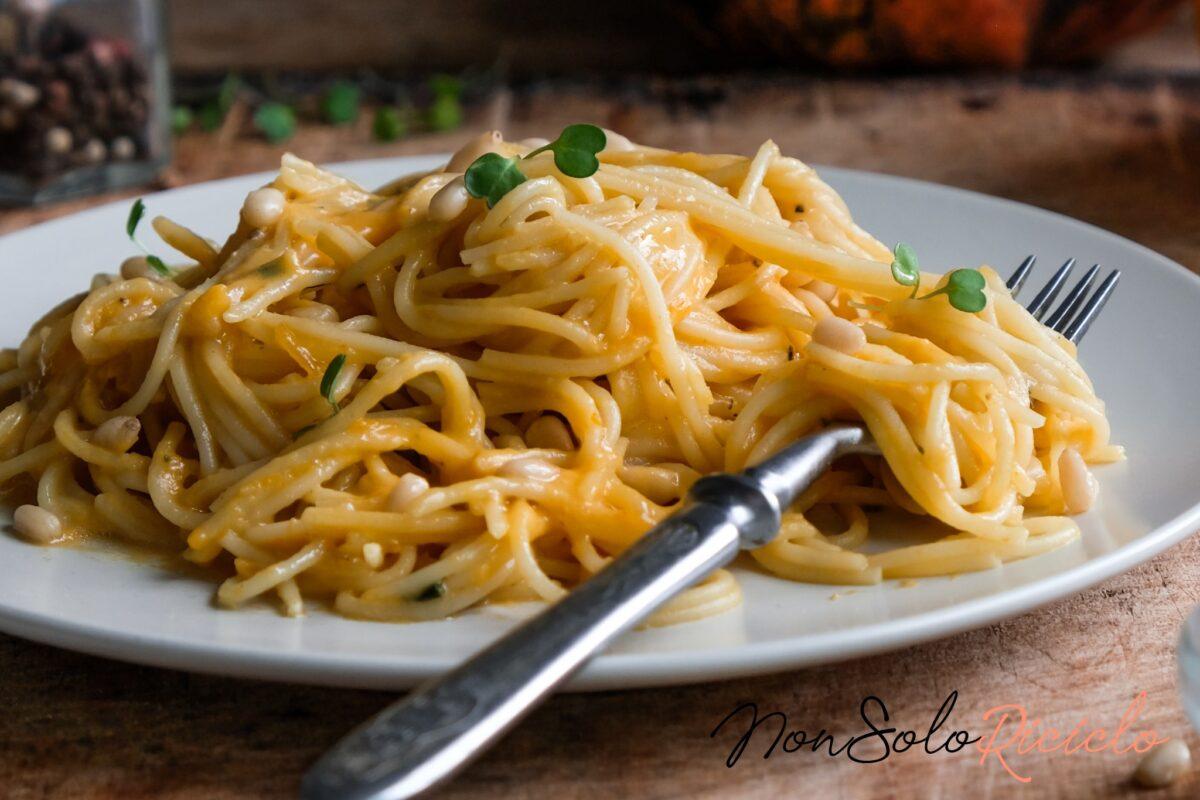 Un primo piatto tipico della tradizione siciliana per utilizzare le acciughe: ecco cosa vi occorre