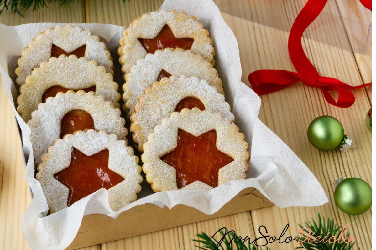 Addobbi natalizi 2020: Biscotti di vetro da appendere all'albero