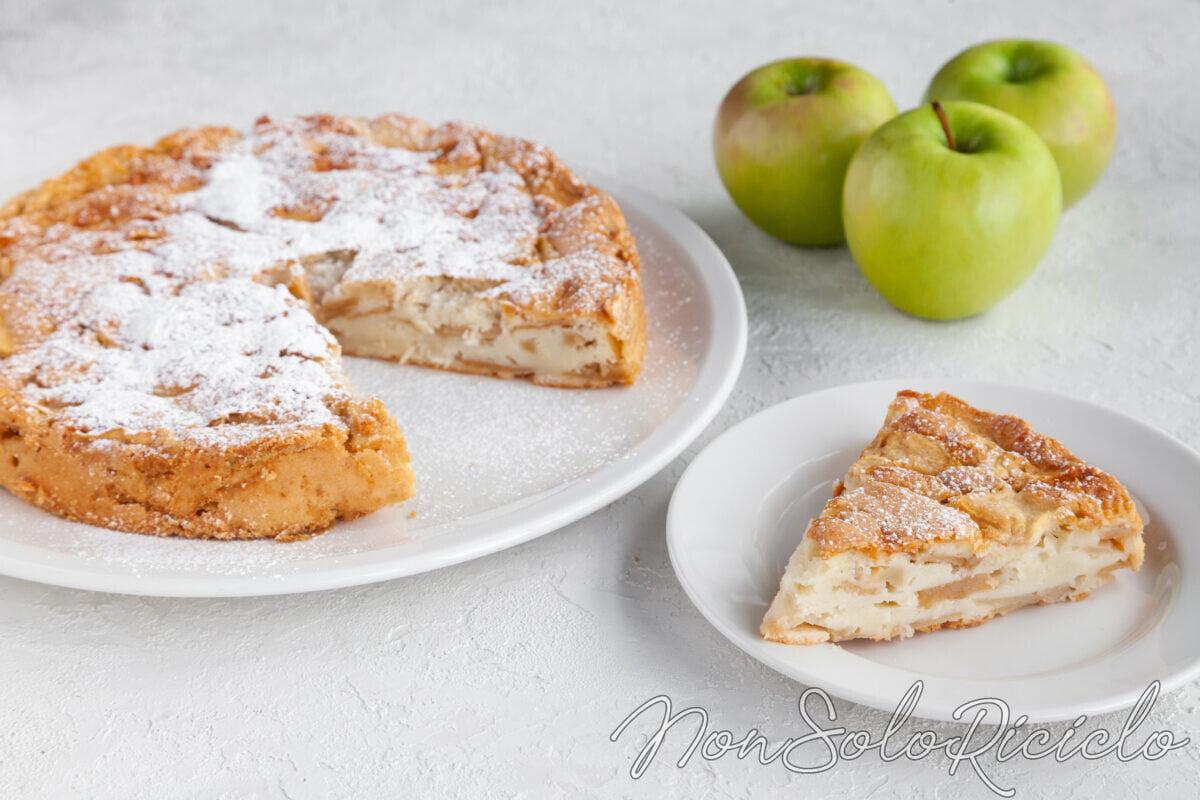 Torta di mele golosa con cuore morbido alla ricotta