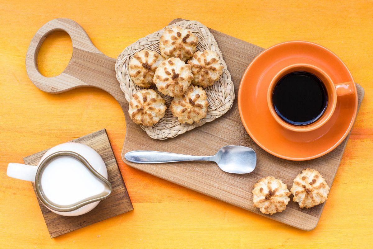 Dolcetti al cocco: pronti in 5 minuti con soli 3 ingredienti