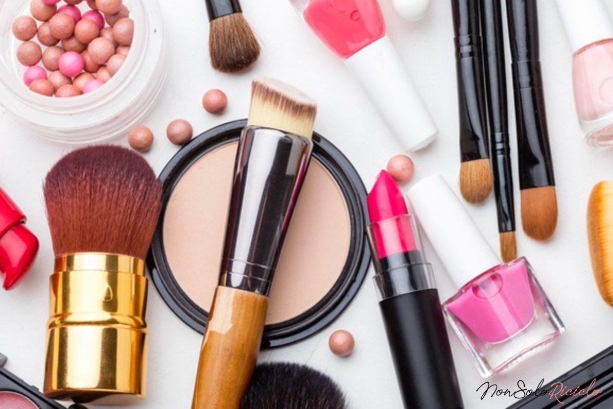 Organizziamo il make up a modino: come sistemare i cosmetici!