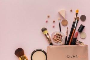organizziamo il make up a 9