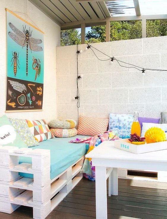 decorare balcone con il pallet 6