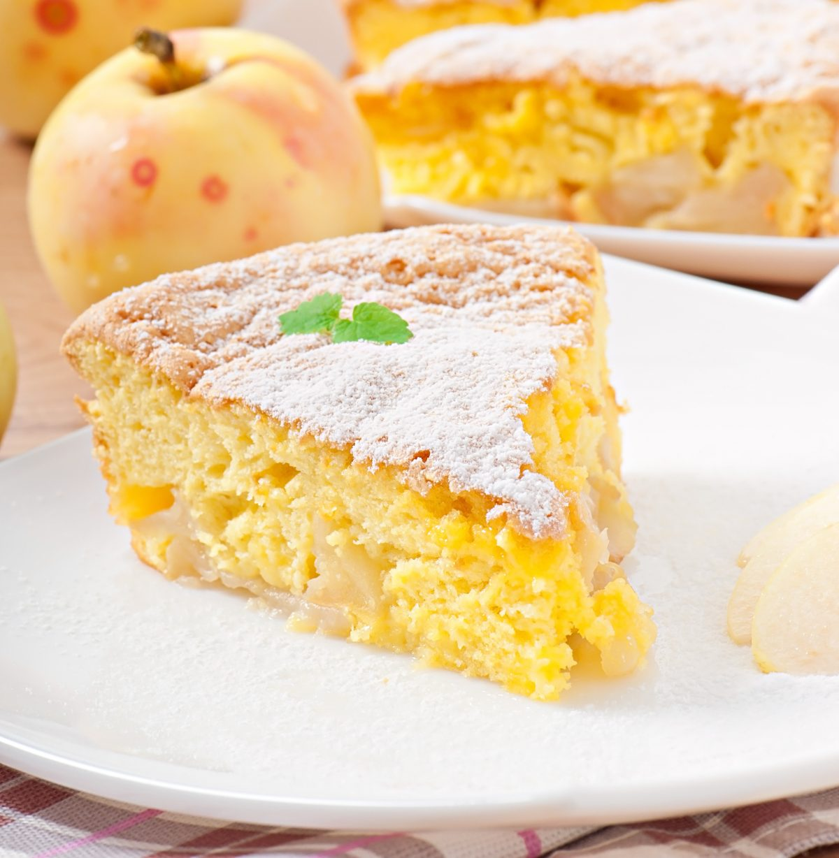 torta 5 mele e yogurt AdobeStock 56252352