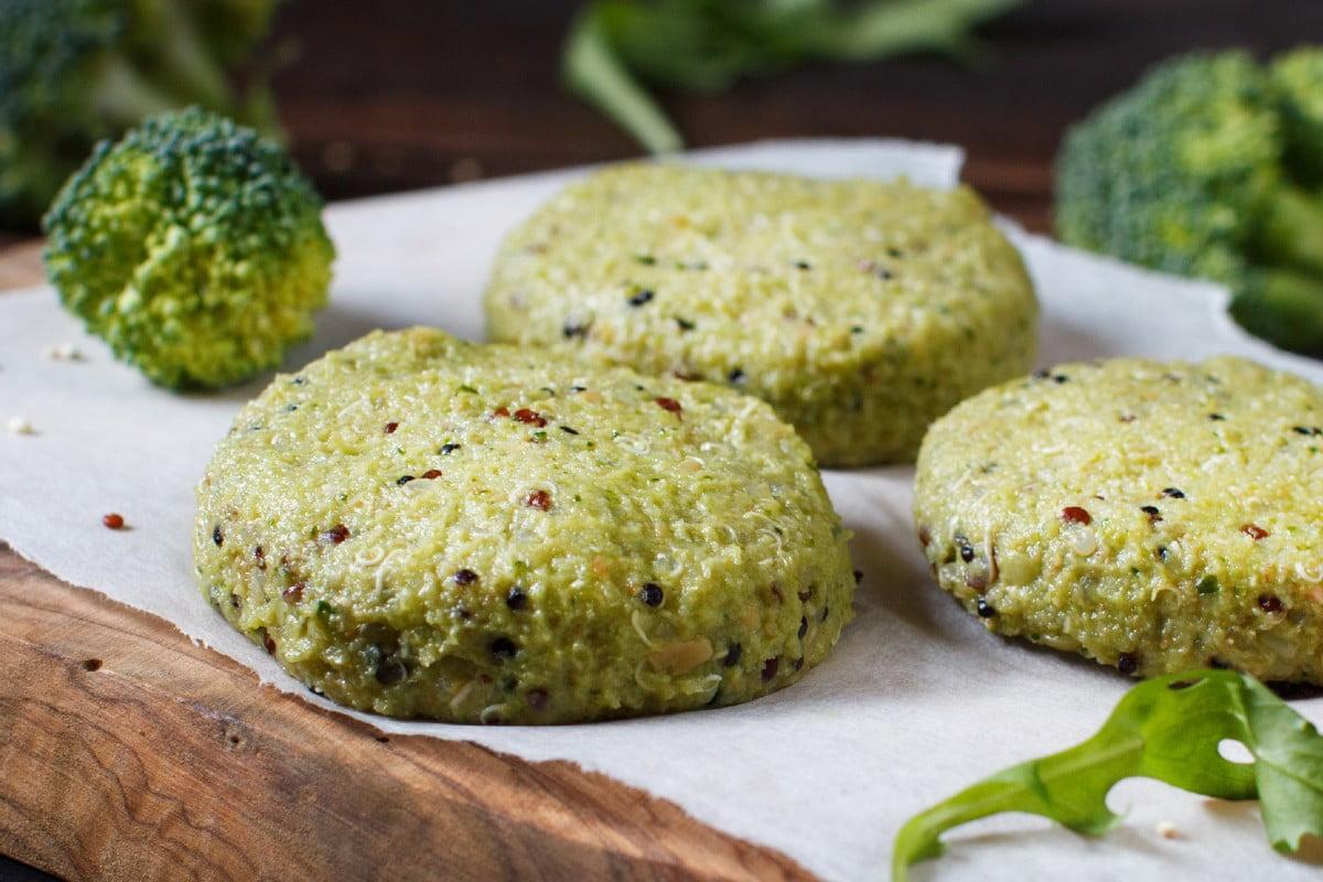 burger di broccoli e quinoa burger broccoli e quinoa