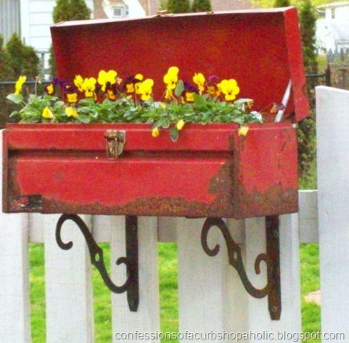 decorare giardino con riciclo creativo 3