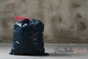 il sacchetto dellimmondizia sgocciola fate 9