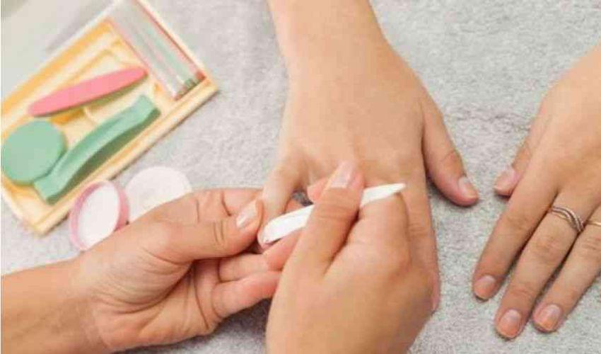 La manicure giapponese è il nuovo trend, scopri con noi come farla