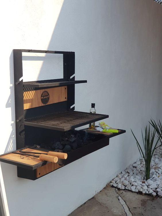 angolo barbecue nel giardino ecco 1