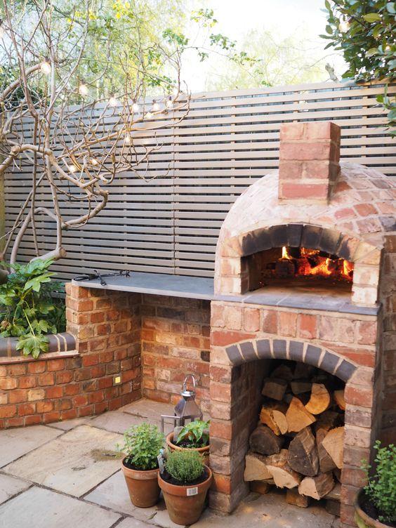 angolo barbecue nel giardino ecco 5