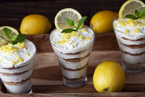 dessert senza cottura in 5 AdobeStock 351163053