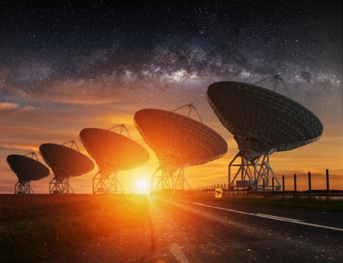astrologia non vuol dire astronomia radio telescope view night 117023 848