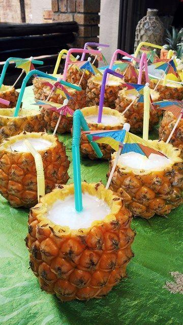 decorazioni tropicali per una festa 7