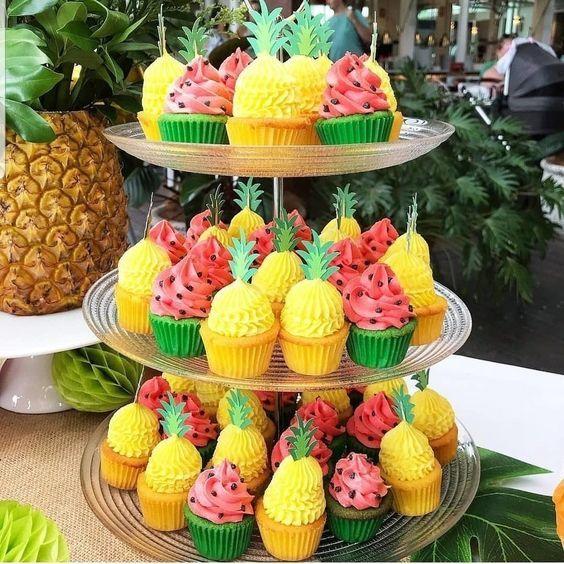 decorazioni tropicali per una festa 8