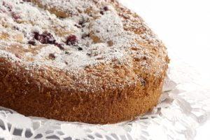 la torta ai frutti di AdobeStock 29321237