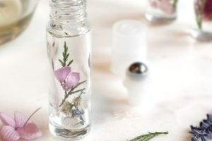 profumo con olio essenziale da profumo fai da te 1