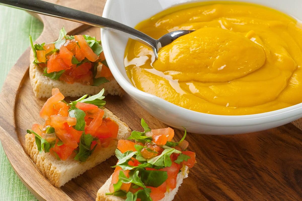 zucca pinoli e parmigiano insieme crema di zucca