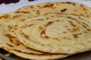 pane azzimo con ripieno di AdobeStock 413033204