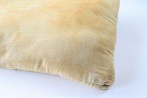 3 modi per rinfrescare i cuscini macchie di sudore