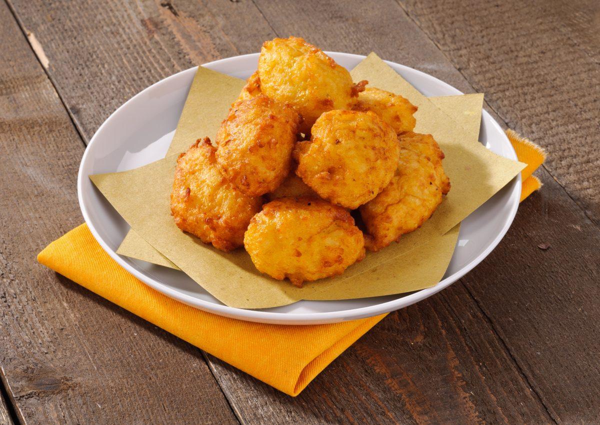 palline di patate in friggitrice AdobeStock 38268592