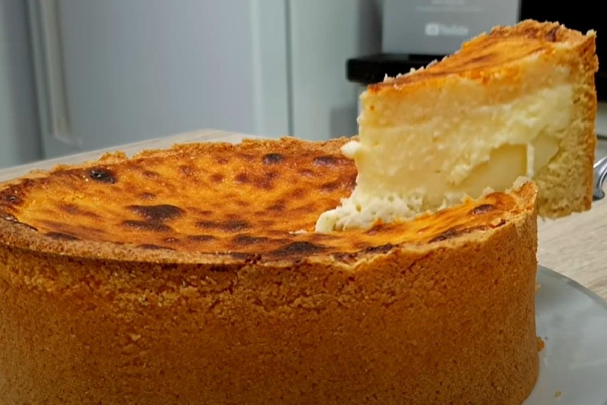 torta al cocco con cuore torta al cocco 1