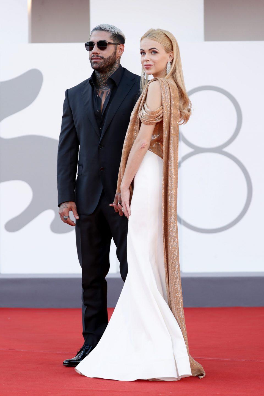 uomini e donne famoso ex francesco chiofalo drusilla gucci red carpet venezia coppia