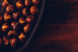 colesterolo e glicemia quel che chestnuts bowl flat lay dark wooden table 176474 1983