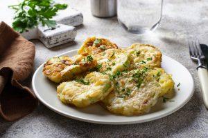 le zucchine impanate delicate e AdobeStock 281332849 2