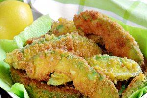 patatine di avocado al forno AdobeStock 137166640